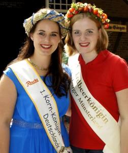 Kornkönigin Johanna und Erdbeerkönigin Franziska