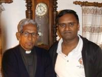 Pater Mathew und Vijay aus Indien