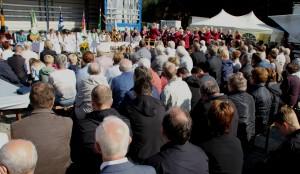 Sonntagsmesse auf dem Festplatz - Foto: Hubert Westerhoff